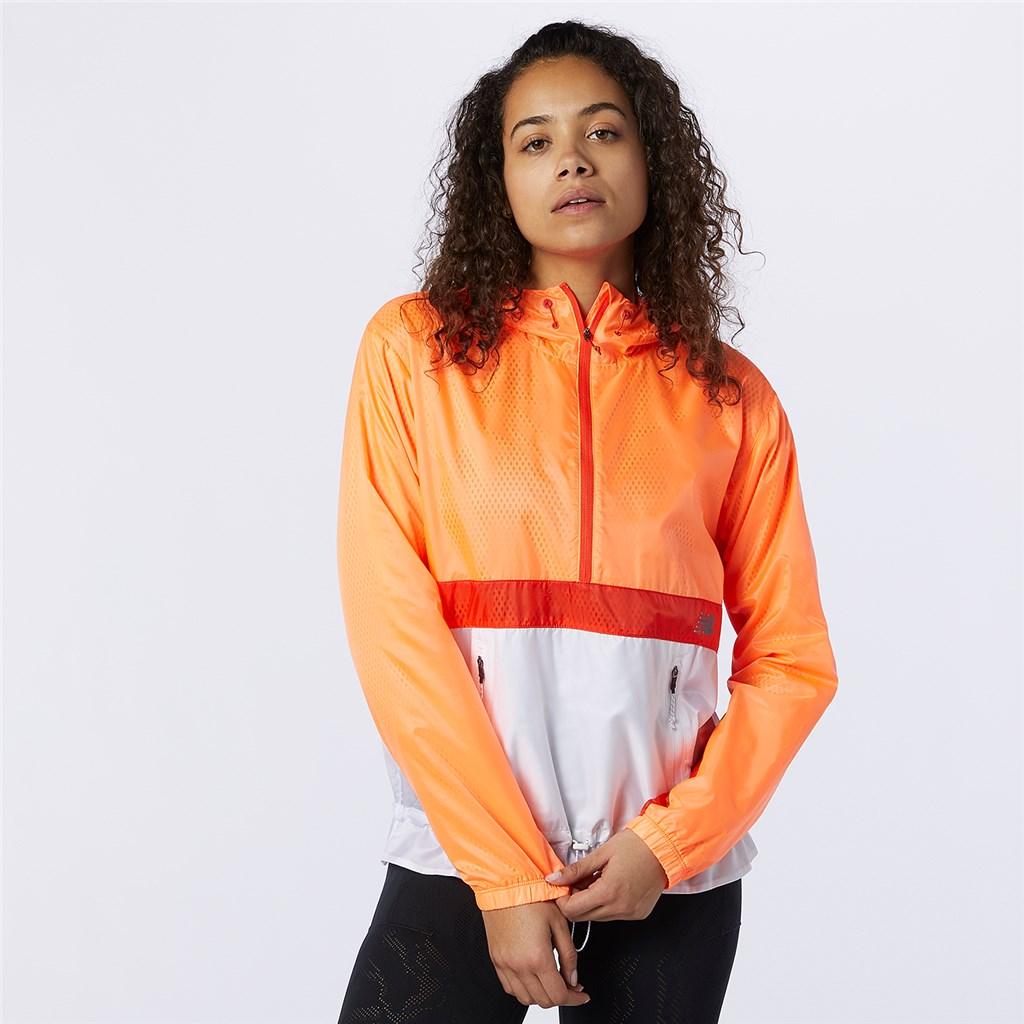 New Balance - W Q Speed Fuel Light Weight Jacket - citrus punch