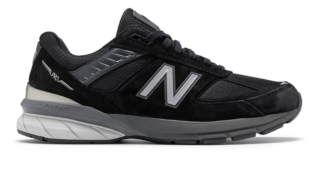 New Balance - M990BK5 - black/silver