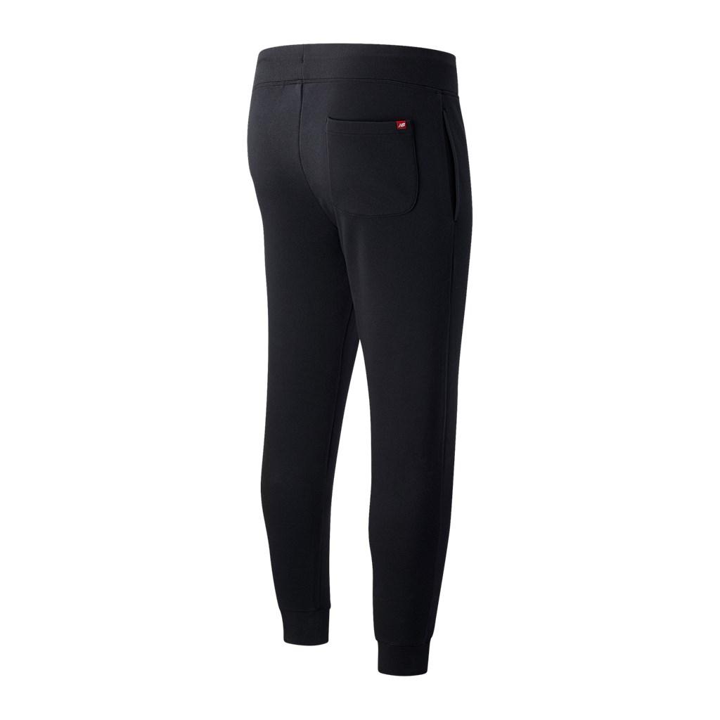 New Balance - Essentials Stacked Logo Sweatpant - black