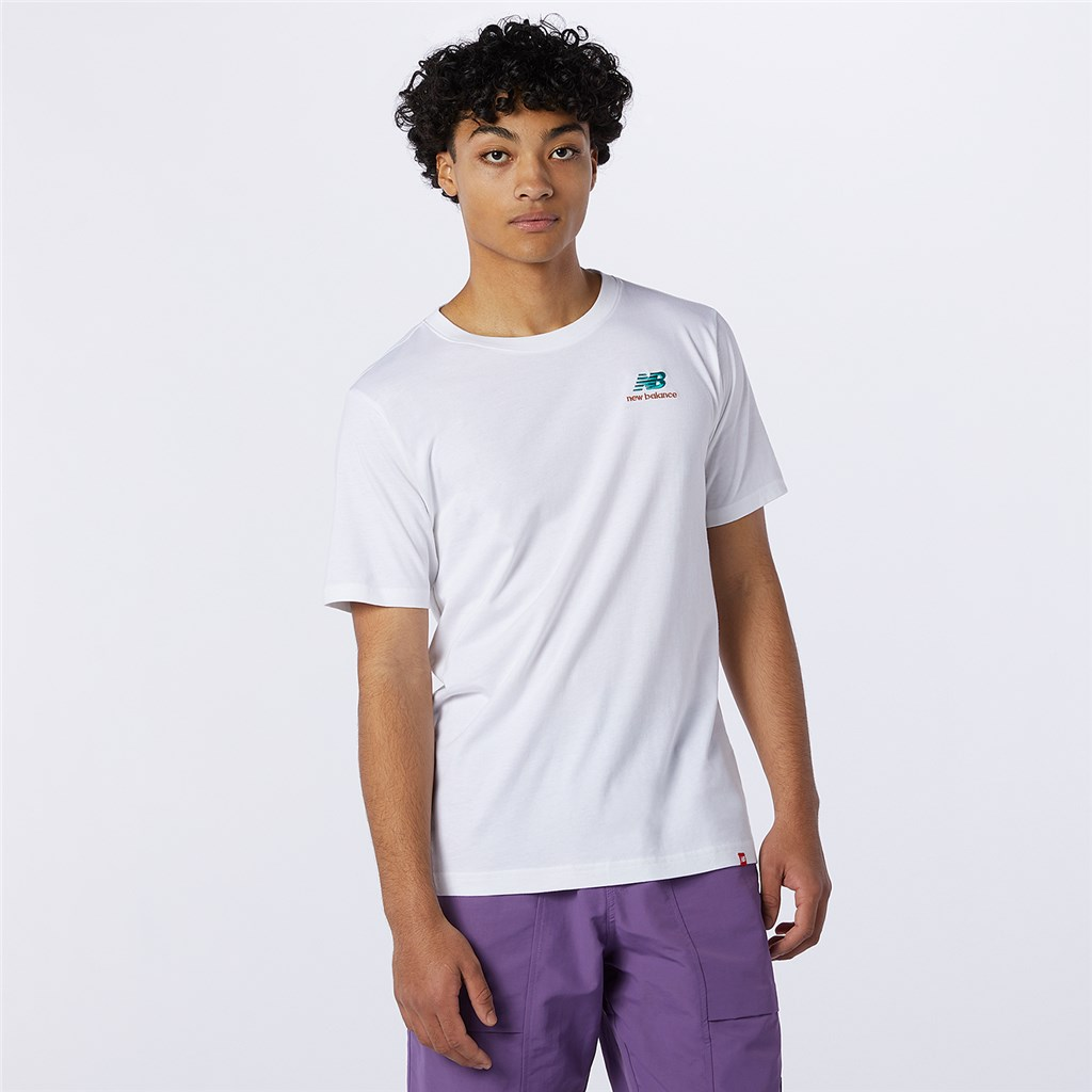 New Balance - NB Essentials Embroidered Tee - white