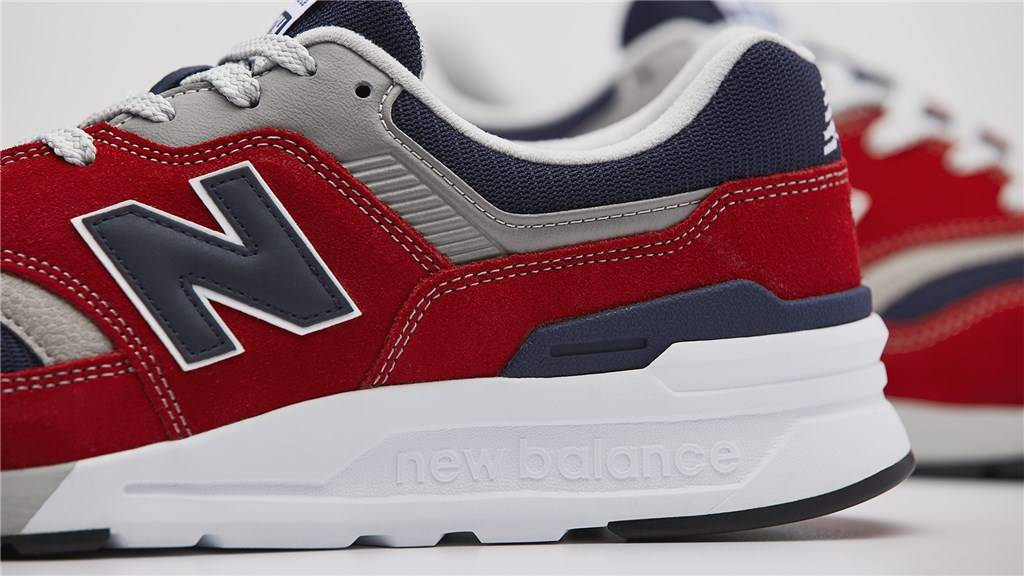 New Balance - CM997HBJ - red/navy