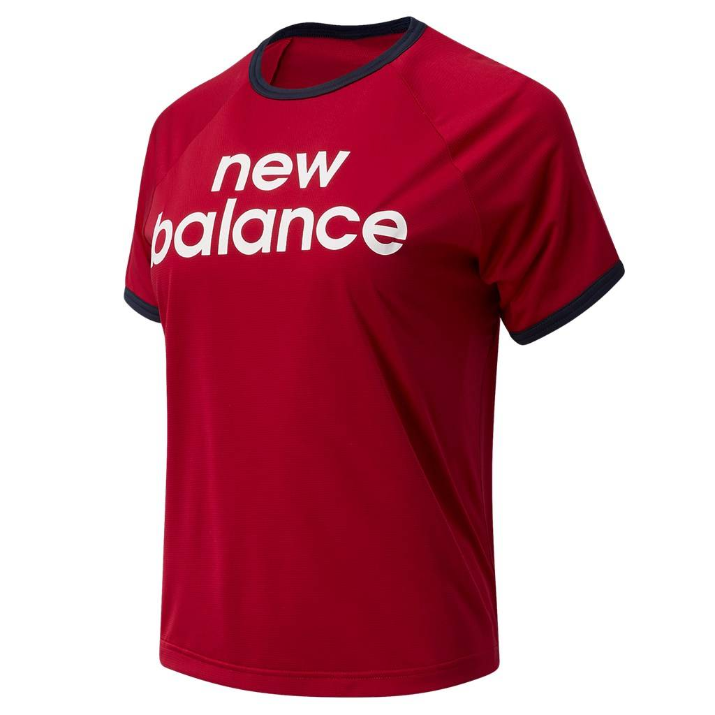 New Balance - W Achiever Graphic High Low Tee - neo crimson